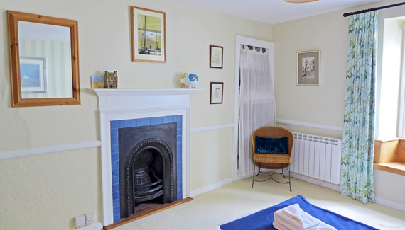 Howton Cottage - Gallery
