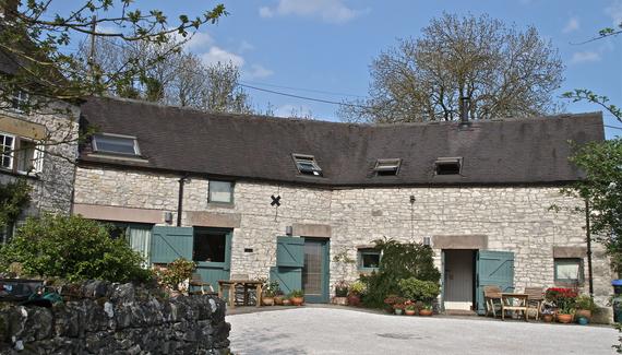 Tom's & Douglas's Barns - gallery