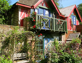 Fingals Folly and Wisteria Balcony Suite