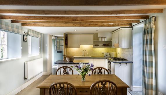 Fursdon Cottage - gallery