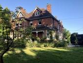 Brockenhurst House