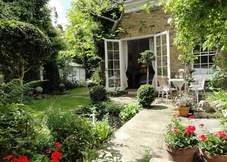 Islington Garden Folly