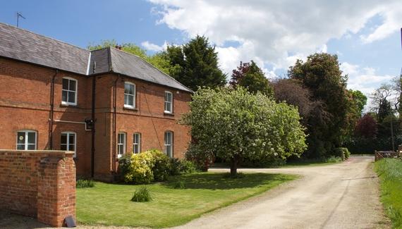 Castle Farmhouse - Gallery