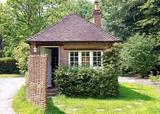 Sheffield Park Lodge