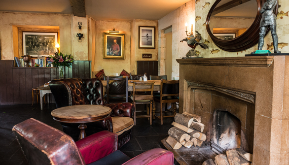 The Castle Inn Pub In Wiltshire Alastair Sawday S
