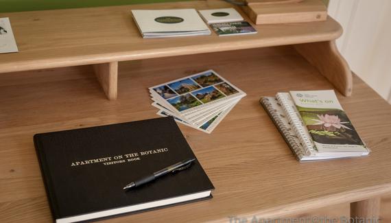 Botanic Apartment - Gallery