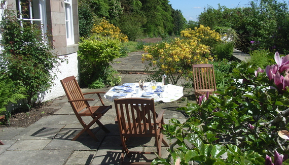Essendy house bed breakfast in perth kinross for Serenity house perth