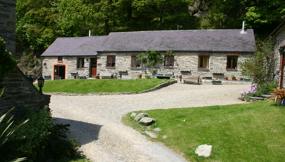Troedyrhiw Holiday Cottages - gallery