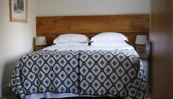 Llys Meddyg | Hotel in Pembrokeshire | Alastair Sawday\'s Special ...