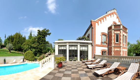 La villa eug ne sawday 39 s for Camping champagne ardennes avec piscine