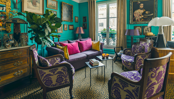 les3chambres bed breakfast in paris alastair sawday 39 s special places to stay. Black Bedroom Furniture Sets. Home Design Ideas