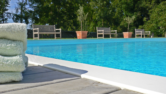 Ch teau de la maronni re sawday 39 s for Piscine halluin