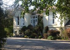 Killiney Lodge