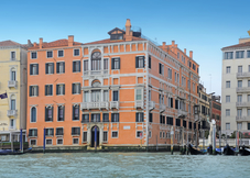 Apartments in Palazzo Ca'nova on the Grand Canal