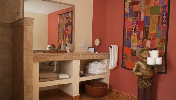 Casa valle de oro bed breakfast in m laga alastair sawday 39 s special places to stay - Casa plus malaga ...